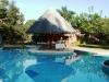 Restaurant bord de piscine