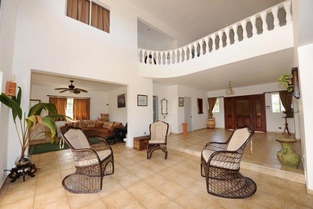 Lussuosa villa vendita puerto plata coldwell banker for Piani di casa di 1300 piedi quadrati 2 piani