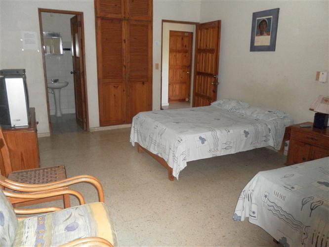 Slaapkamer Met 2 Eenpersoonsbedden.Coldwell Banker Slaapkamer Met 2 Bedden