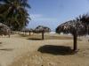 Parasols op strand