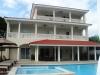 Algemeen zicht villa en zwembad