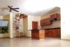 Keuken en toegang tot 2de verdieping