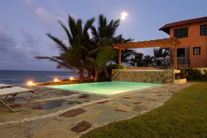 Купить недвижимость на берегу в доминикане